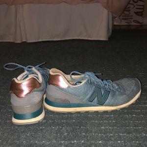 New Balance Tennis Shoes.